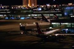 """Seriál Kriminálka Las Vegas, devátý díl """"Nelítostně"""" (sezona 1)."""