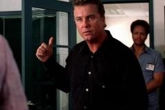 """Seriál Kriminálka Las Vegas, dvacátý díl """"Slyšet ticho"""" (sezona 1)."""