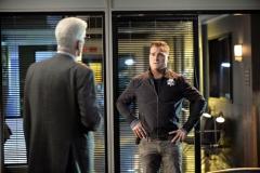 """Seriál Kriminálka Las Vegas, patnáctý díl """"Povolání hrdina"""" (sezona 15)."""